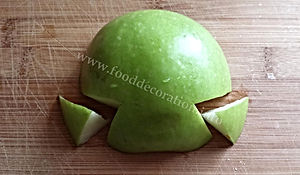 Fruit decorating  / apple