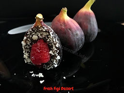 Figs dessert presentation
