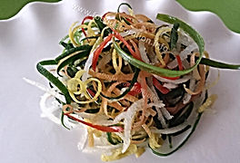 Strips from vegetables / vegetable decorating