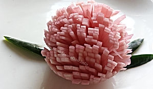 Vegetable garnish / turnip decoration