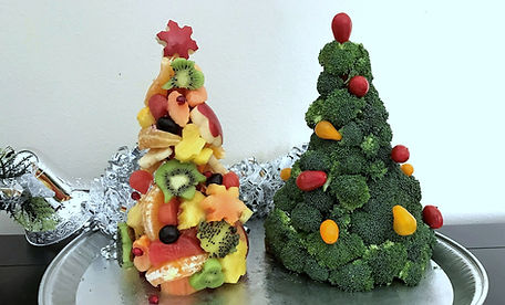Edible Christmas trees / fruit, broccol christams treei l