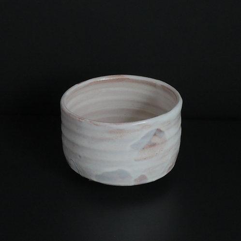 粉引き白釉茶碗