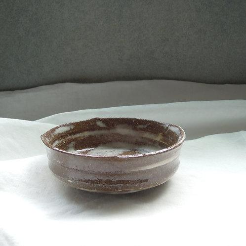ナラ灰赤土平茶碗