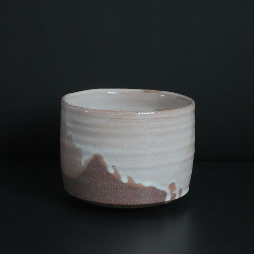 粉引き筒茶碗
