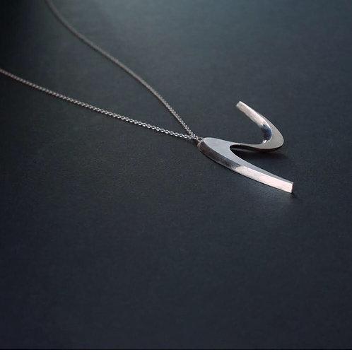streamline necklace