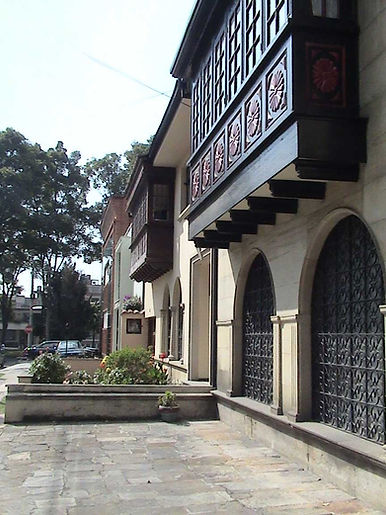 fachada-diagonal.jpg