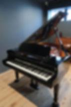 グランドピアノ1.jpg