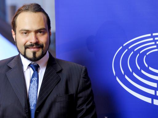 Unione Europea, Fabio Castaldo: «Verso un'Europa più federale solo con la cooperazione rafforzata»