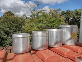 Conjunto 4 potes mantimentos com tampa (