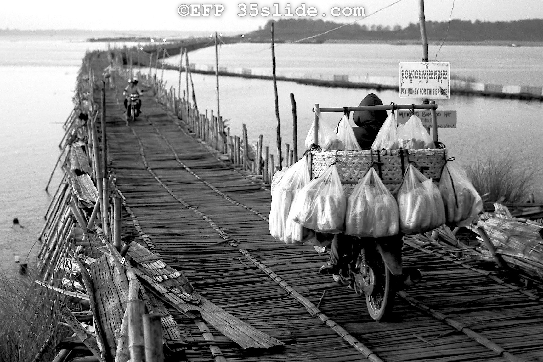 CAMBODIA bread delivery_1