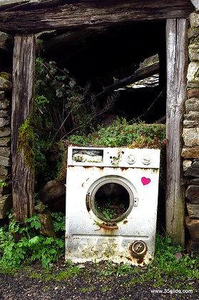 Retired Washing Machine, Spain