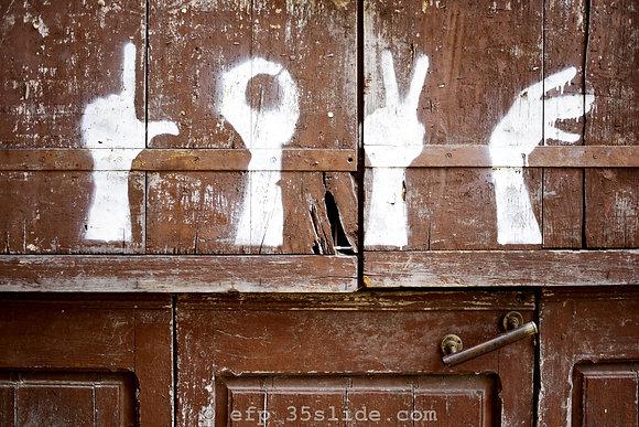 Love Door, Spain