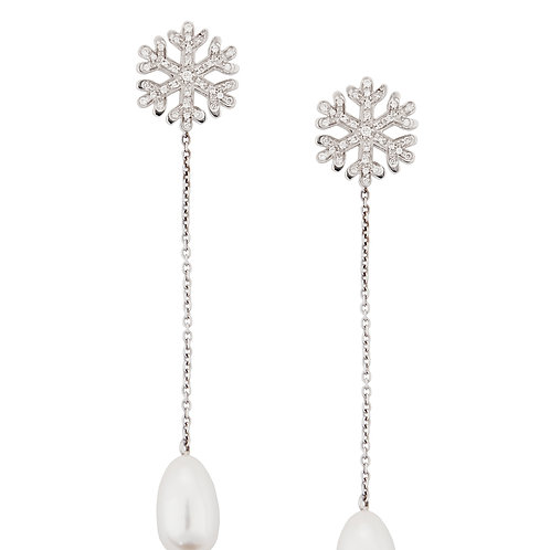 White Pearls Snowflakes Pendant earrings