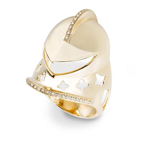 Yellow gold and white diamonds war elm statement ring
