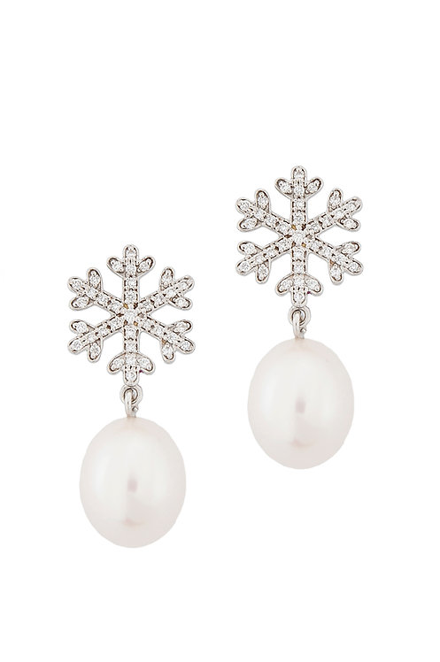 White Diamonds and Pearls Earrings