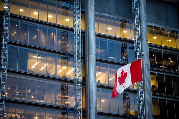 加拿大畢業工簽申請條件再次放寬 —— 最新工簽政策解讀