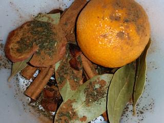 Homemade Simmering Yule Potpourri