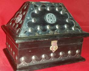 pentacle coffin box 2.jpg