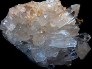 rock-crystal-1603425_1920.jpg