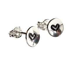 embossed heart tiny studs.jpg