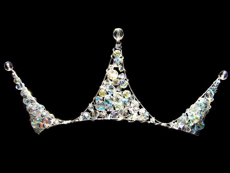 Elize Crown