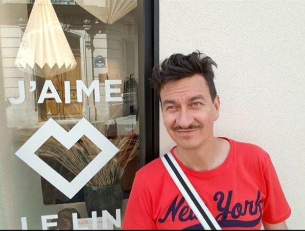 """""""... Je suis j'aime"""", escribió Jaime Ávila el 16 de junio de este año, en esta foto de su Instagram."""
