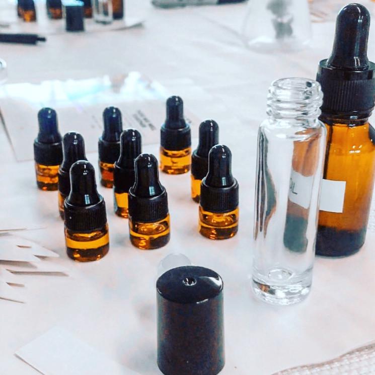 Virtual Perfume Party x Dare to DIY OC
