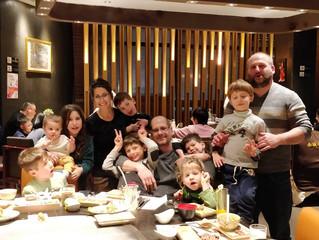 8 ימים בסין, עם 4 ילדים לבד! שאלתם אותי בהודעות איך היה.. אז קבלו.