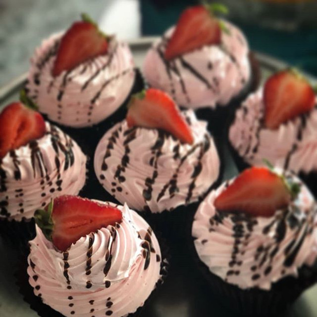 We have eggless chocolate strawberry tod