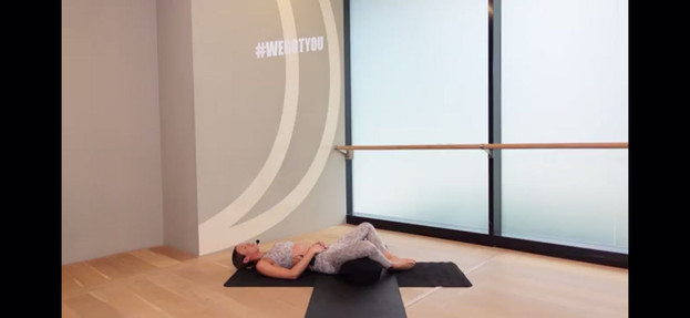 Pre-natal yoga Soulful Pregnancy