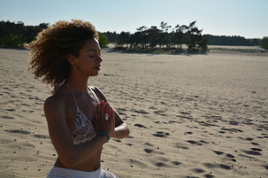 Gytha Brooks Yoga intructrice en masseuse Eindhoven