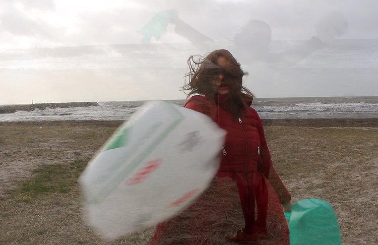 Windy beach foto.jpg