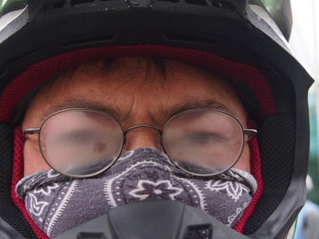 HOW TO STOP YOUR GLASSES FOGGING UP WHEN WEARING A MASK