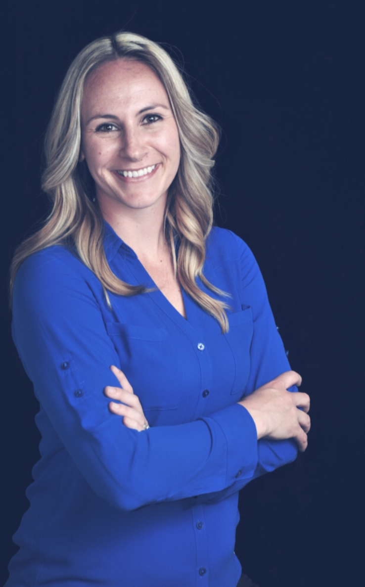 Rachelle Zemlok is a licensed psychologist in the California and specializes in supporting and educating first responder families.