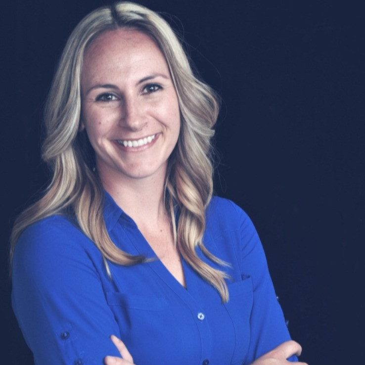 RACHELLE ZEMLOK IS A CLINICAL PSYCHOLOGIST IN CALIFORNIA AND SPECIALIZES IN EDUCATING AND SUPPORTING FIRST RESPONDER SPOUSES.