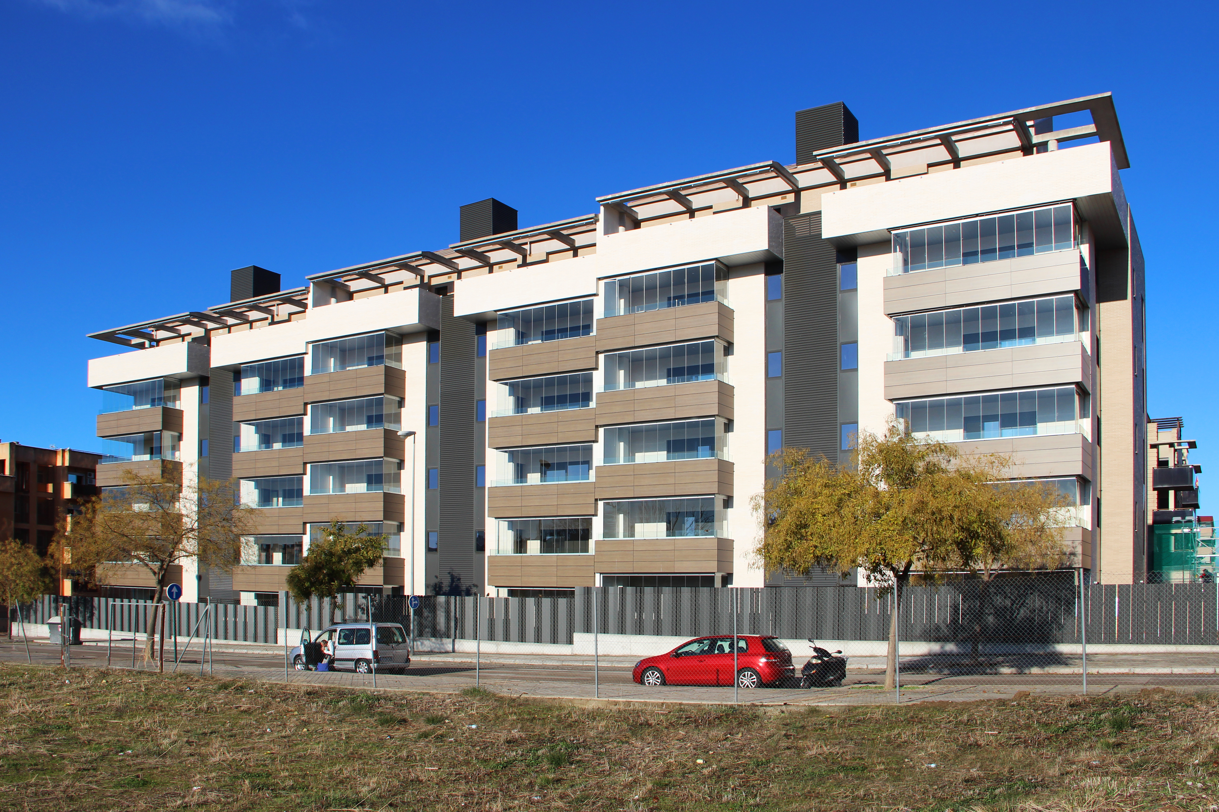 foto fachada principal 2