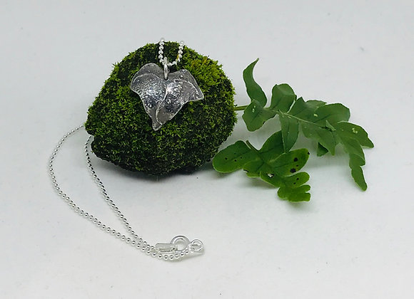 Antiqued Ivy Pendant