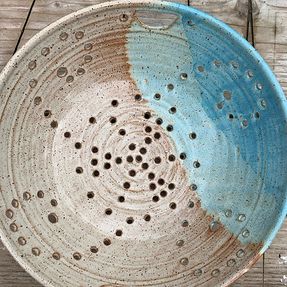 berry bowl, fruit bowl, colander