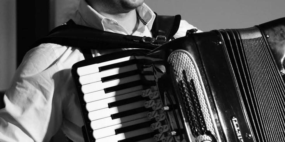 Músicas Brasileira e Argentina - André Ribas apresenta grandes clássicos de Tom Jobim e Astor Piazzolla.  (2)