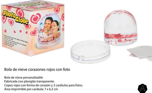 BOLA DE NIVE CORAZONES.png
