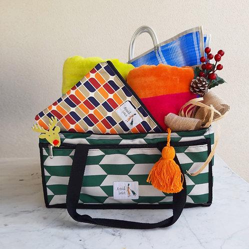 Nevera L + 2 toallas rizo + 1 bolsito plastificado + 1 glocery bag