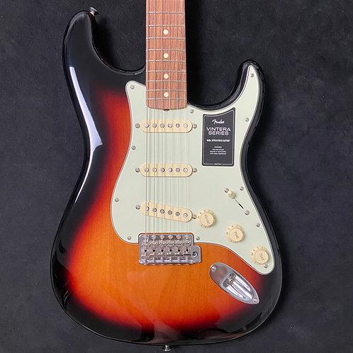 Fender Vintera 60s Stratocaster - 3-Color Sunburst