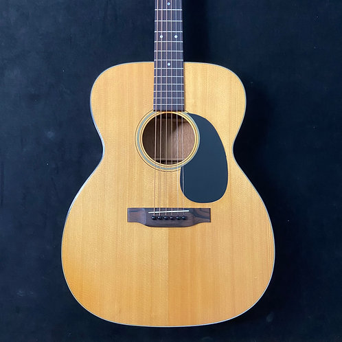1970 Martin 000-18