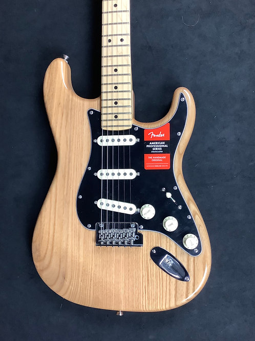 Fender American Profesional Stratocaster - Natural