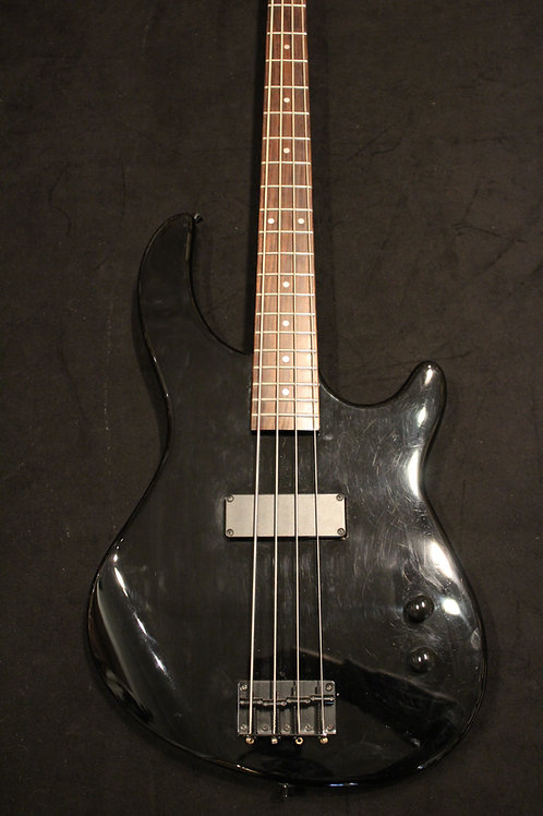 Used Dean Edge 1 Electric Bass