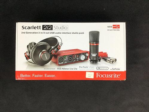Scarlett 2i2 studio