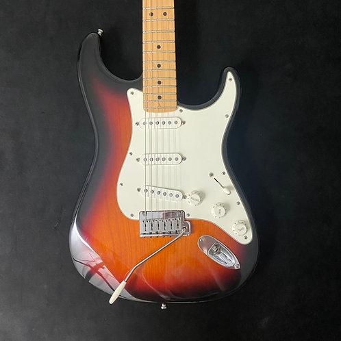 2001 Fender American Standard Stratocaster - 3-Tone Sunburst
