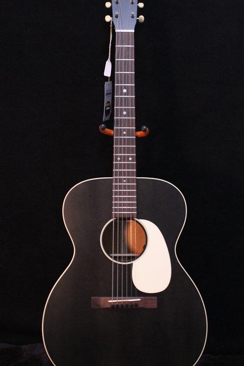 Martin 000-17E Black Smoke