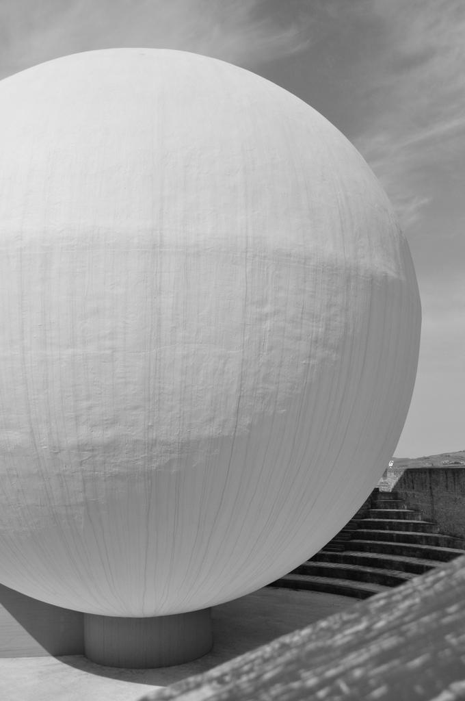 il pianeta di cemento, dall'opera chiesa madre di Ludovico Quaroni