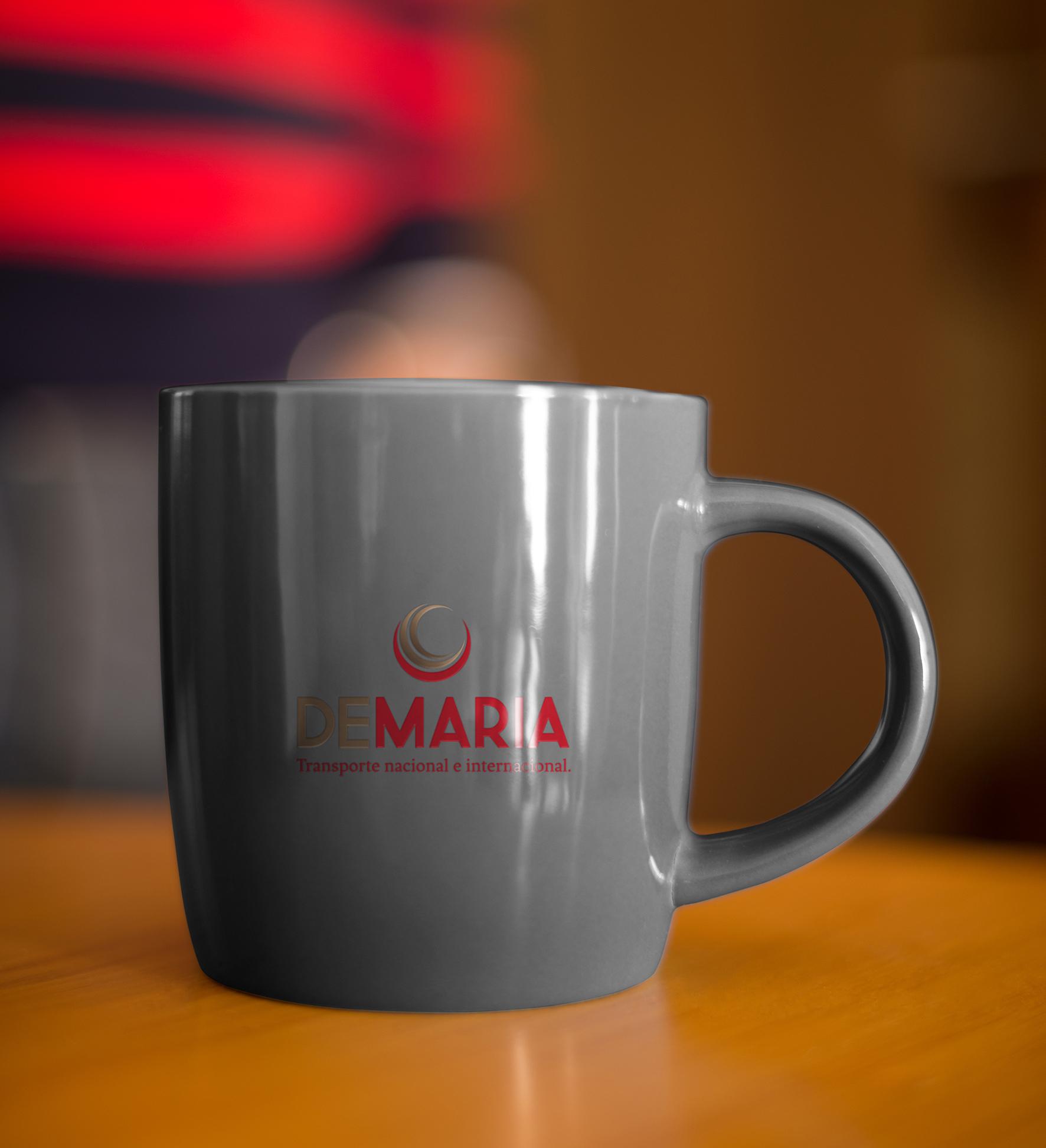 De María